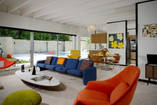 How-to-design-colorful-furniture-in-a-gorgeous-mid-century-modern-house-1