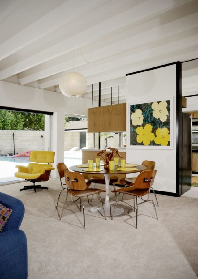 How-to-design-colorful-furniture-in-a-gorgeous-mid-century-modern-house-3