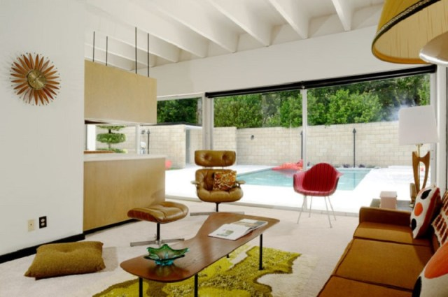 How-to-design-colorful-furniture-in-a-gorgeous-mid-century-modern-house-4