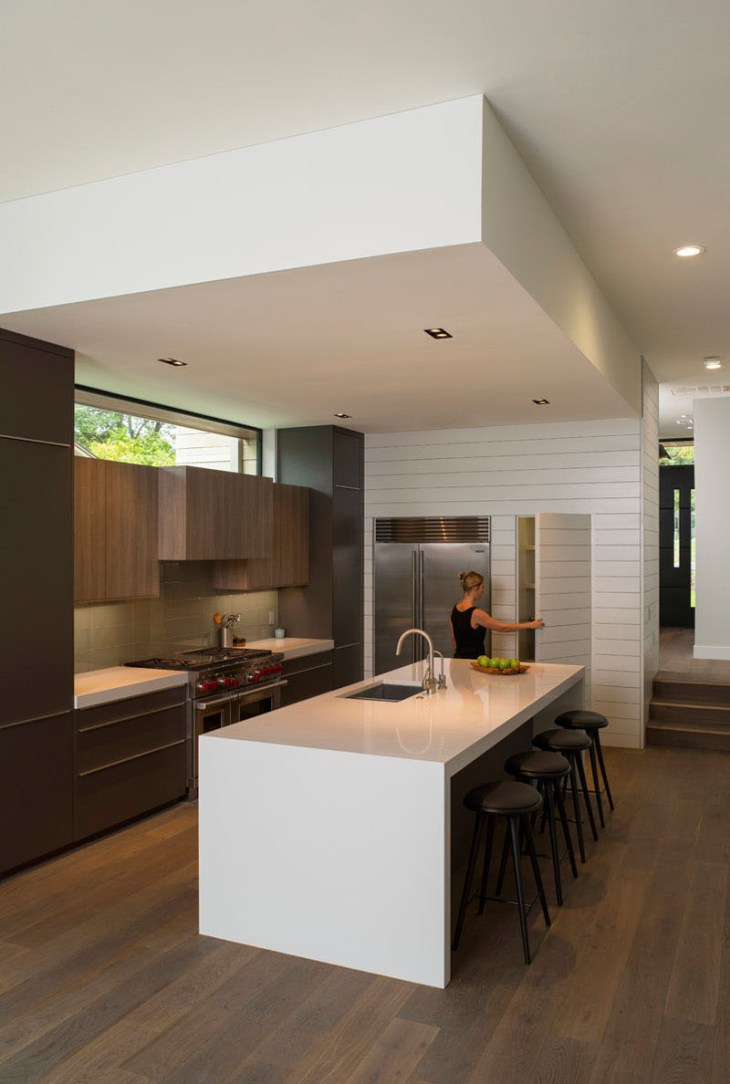 How-to-style-a-modern-home-design-with-peaked-roof-5
