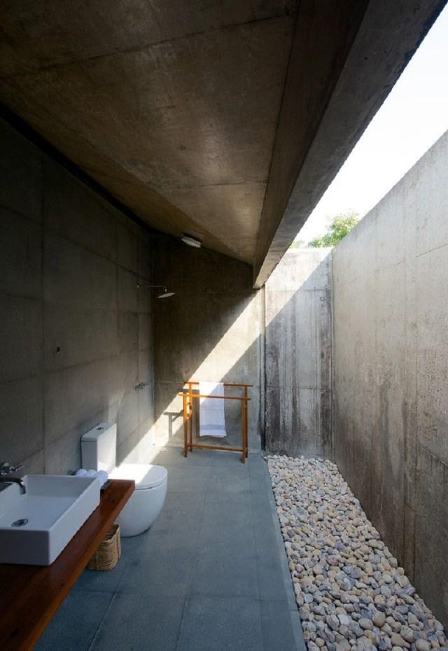 Outdoor Bathroom With Concrete