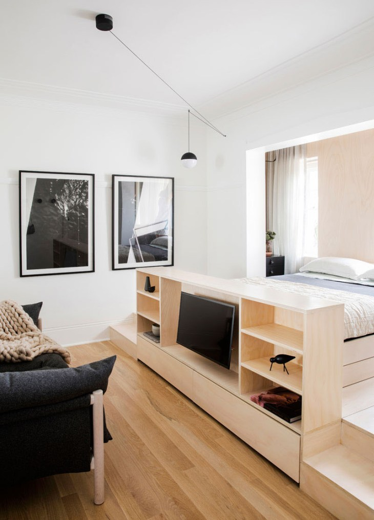 This-small-apartment-has-creative-storage-solutions-to-maximize-the-floor-space-3