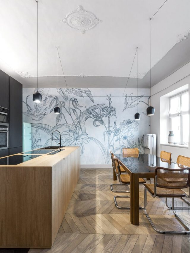 An Apartment With Gorgerous Wallpapers 5