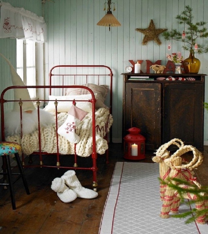 Country house decor Funny Christmas Decoration Ideas For Kids Room To Boost Holiday Spirit