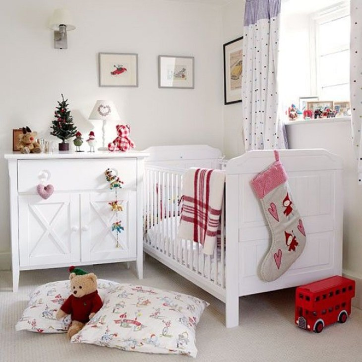 Red and white theme Funny Christmas Decoration Ideas For Kids Room To Boost Holiday Spirit