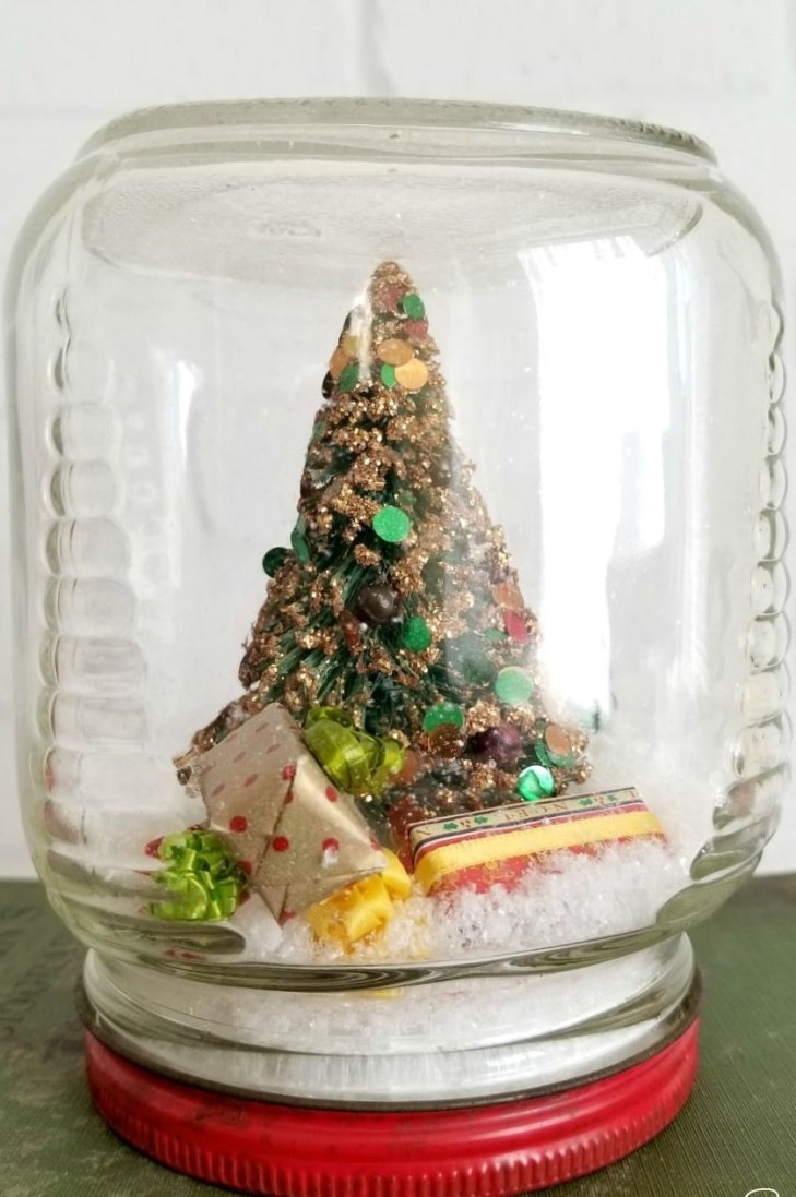 Waterless snow globe Timeless Charming Christmas Snow Globe Ideas That Everyone Will Adore