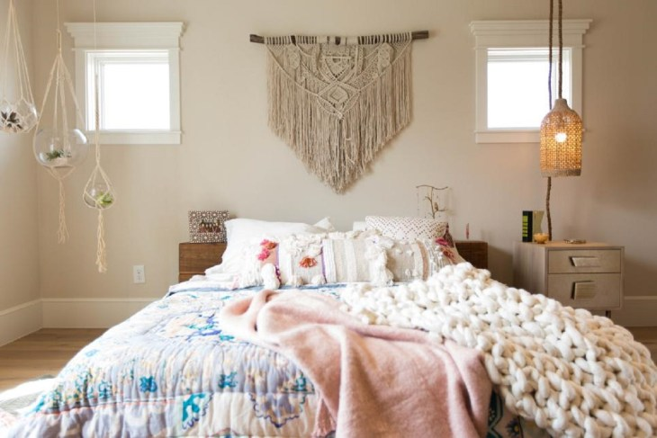 Boho bliss Roaring Above The Bed Decoration Ideas To Have A Fresher Look