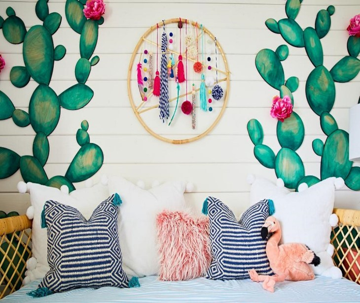 Wall art plus whimsical dream-catcher Roaring Above The Bed Decoration Ideas To Have A Fresher Look