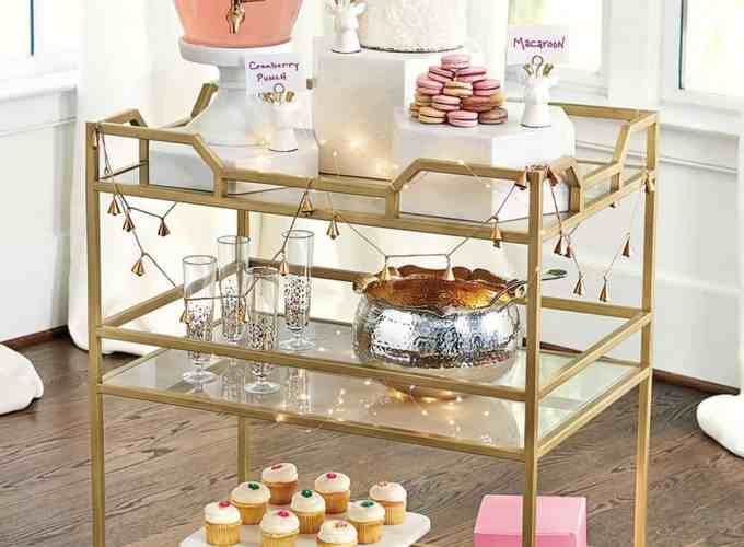 Sophisticated Ways To Decorate Your Home With Gold Finish Outdated Décor