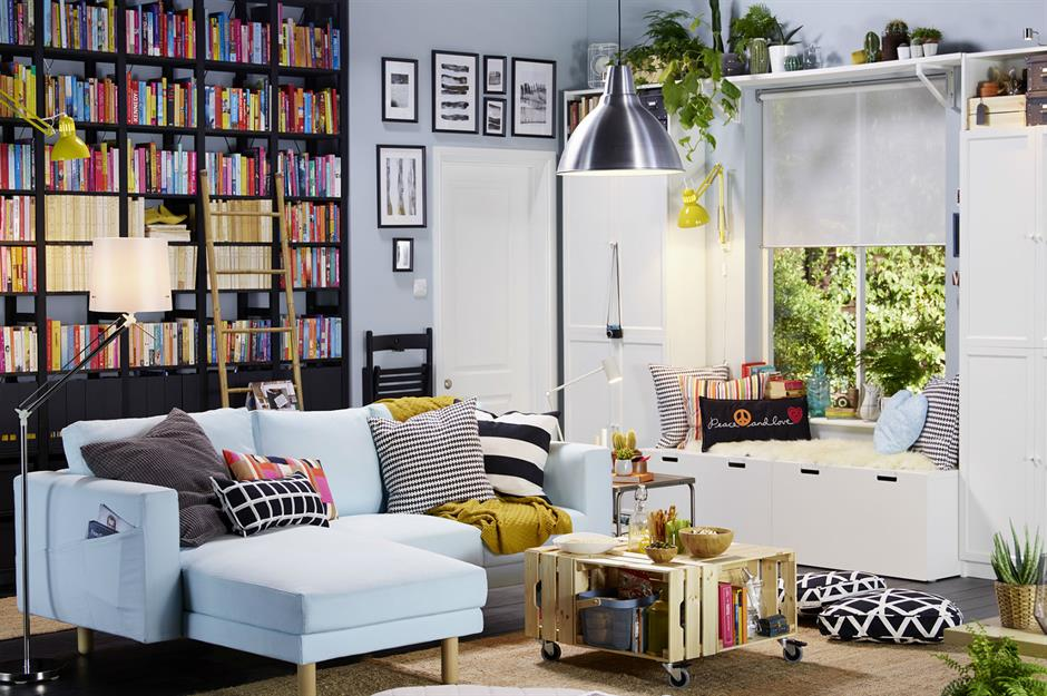 Tidy Up your Small Living Room with These Storage Ideas