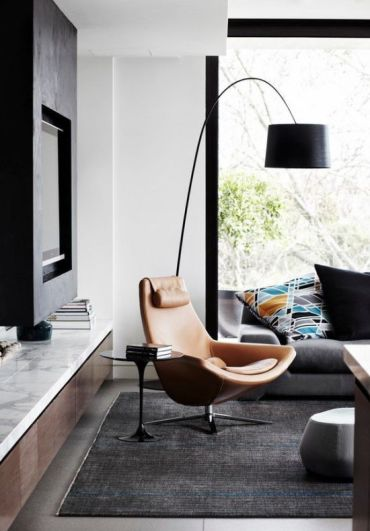Chic-floor-lamp-to-add-style-to-the-corner-of-your-living-room