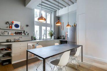 Tiny-corner-l-shaped-kitchen-inside-the-chic-paris-apartment-768x513