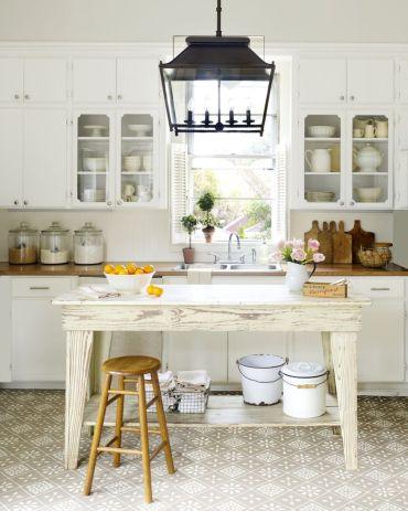 Kitchen-lighting-ideas-lantern-1562016076