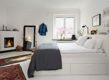 White-scandinavian-bedroom