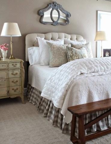 05-french-country-bedroom-decor-design-ideas-homebnc