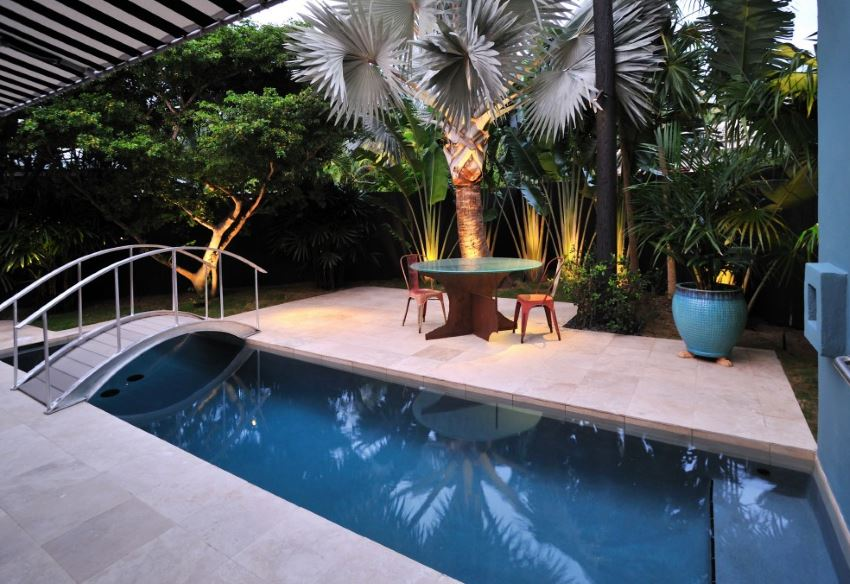 Beautiful and Super Homey Backyard Ideas