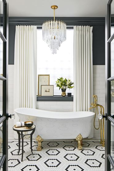 Glam-black-bathroom-1564607462