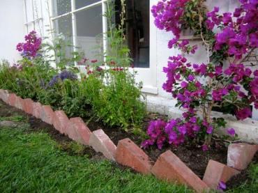 06-lawn-edging-ideas-homebnc