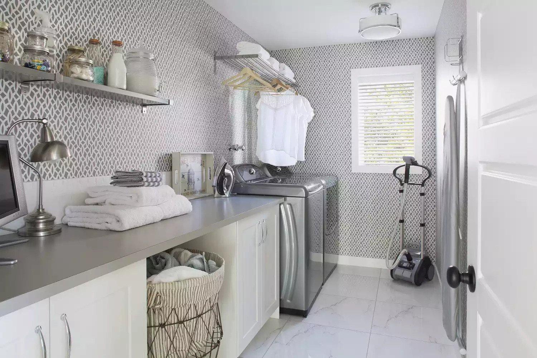 Stylish Laundry Room Decorating Ideas