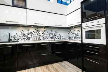 Black-and-white-kitchen-cabinets-5