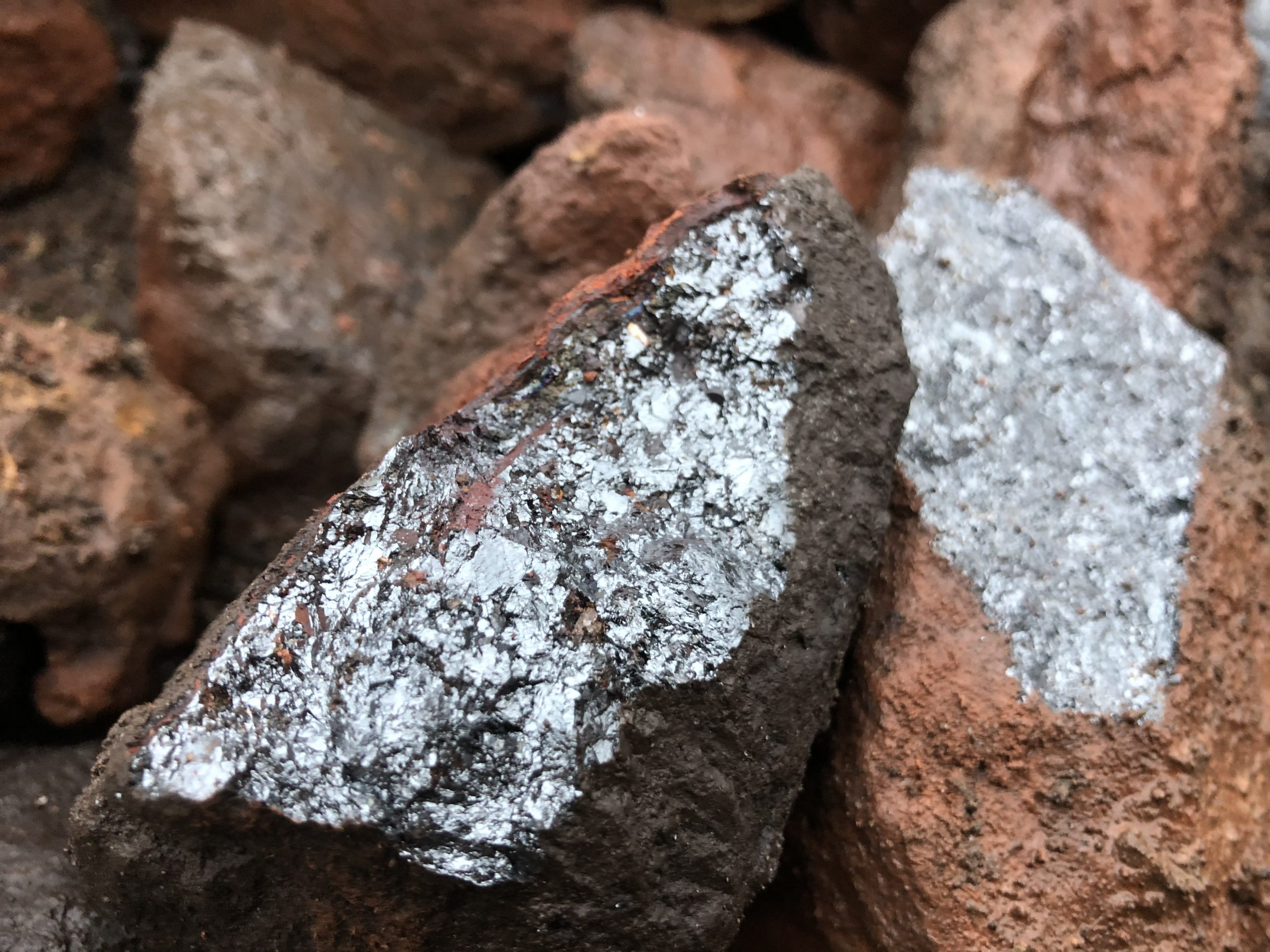 Iron smelting manganese ore