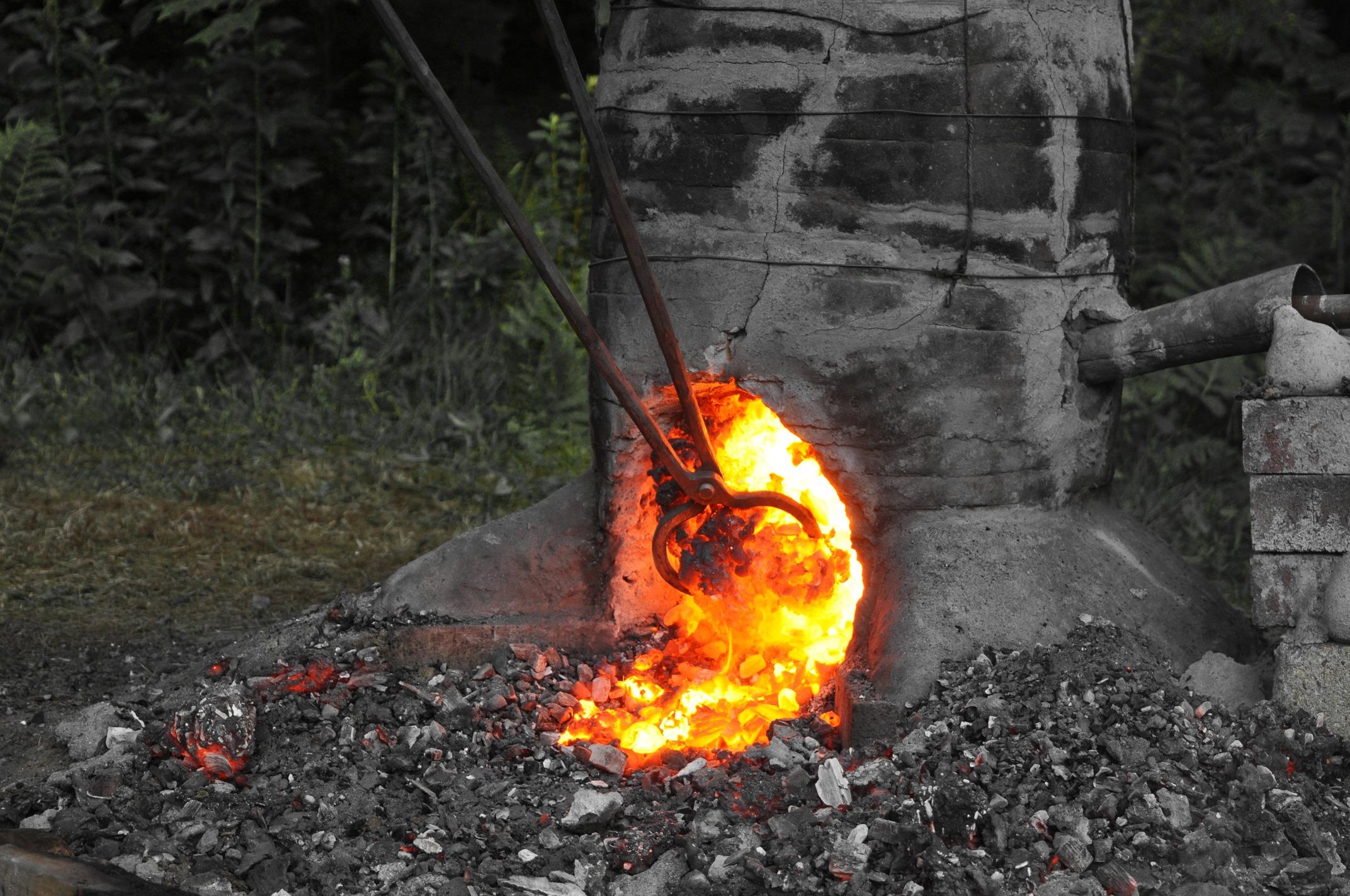 Bloom iron bloomery smelting