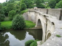 Dundas Aqueduct crosses the River Avon