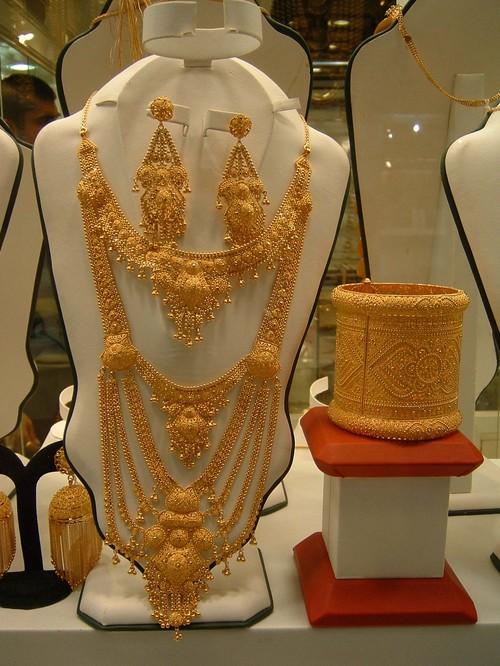 AS Dubai 22 Karat Gold Necklace Set