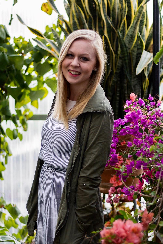 Round Trip Travel Ellie Hicks Helmi's Gardens