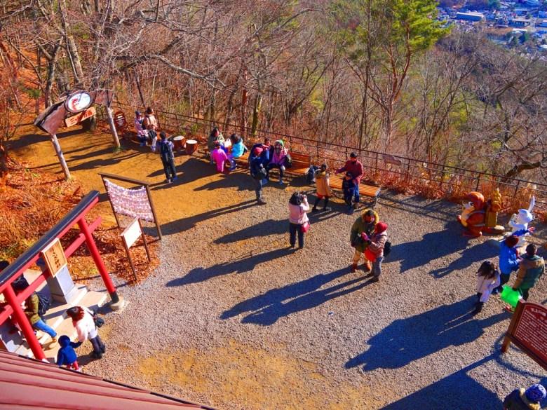 河口湖天上山公園 | 狸子 | 兔子 | Fujisan | Yamanashi | Japan | RoundtripJp