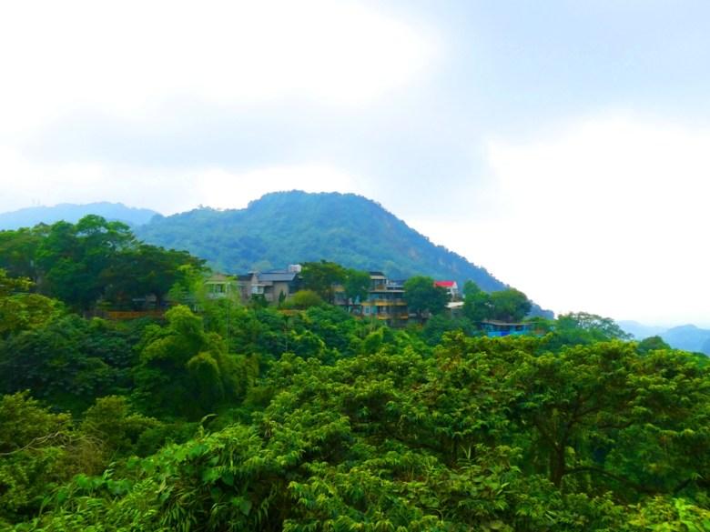 遠眺關子嶺 | 藍天青山 | 日式風情 | 溫泉區 | 關子嶺 | 臺南 | 臺灣 | 巡日旅行攝