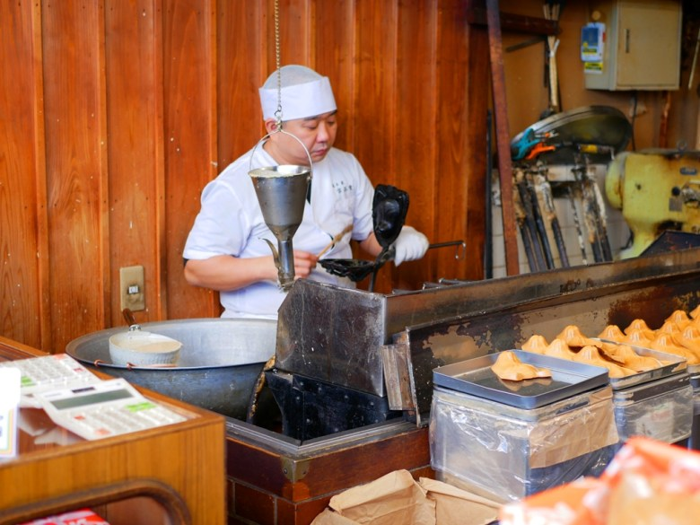 Colorful Japan | 日本伏見寶玉堂稻荷狐狸煎餅 | Japanese desserts | TOP10 | RoundtripJp