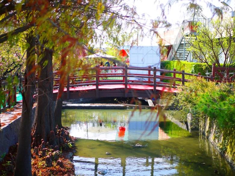 充滿日式風情的木橋 | 落羽松 | 青青河畔 | 芬園花卉生產休憩園區 | 和風臺灣 | RoundtripJp
