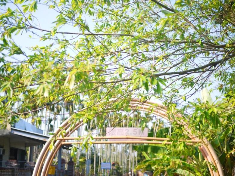 同源圳步道 | 白色拱門 | 限高2.5m | 往前景觀橋 | 漳和 | 南投 | Zhang Heli Dragon Trail | RoundtripJp