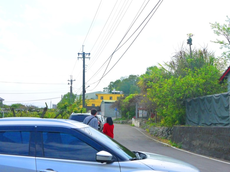 畫面左邊為小小停車空間 | 免費停車 | 停車位置小 | 巷弄內 | 富士櫻の櫻花秘境 | しんしゃ | Xinshe | Taichung | RoundtripJp