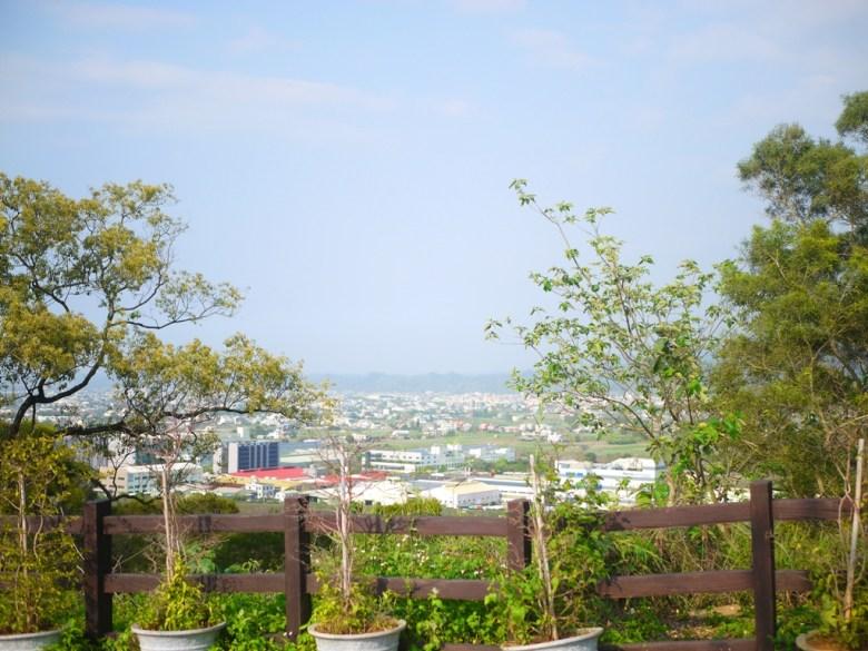 遠眺山城之美 | 銅鑼環保公園 | 銅鑼 | 苗栗 | トンルオ | ミアオリー | Tongluo | Miaoli | RoundtripJp