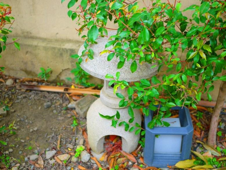 日式風情的石燈籠 | 日本味 | 清水公學校日式宿舍群一隅 | 清水 | 台中 | チンシュイ | タイジョン | RoundtripJp