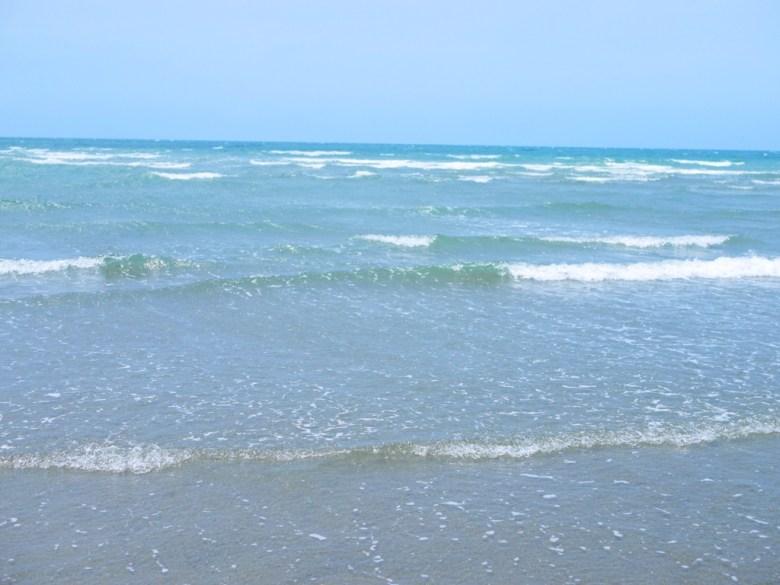 湛藍大海   日本味   沖繩感   渡假放鬆   苑港觀光漁港秘境海灘   ユエンリー   ミアオリー   巡日旅行攝