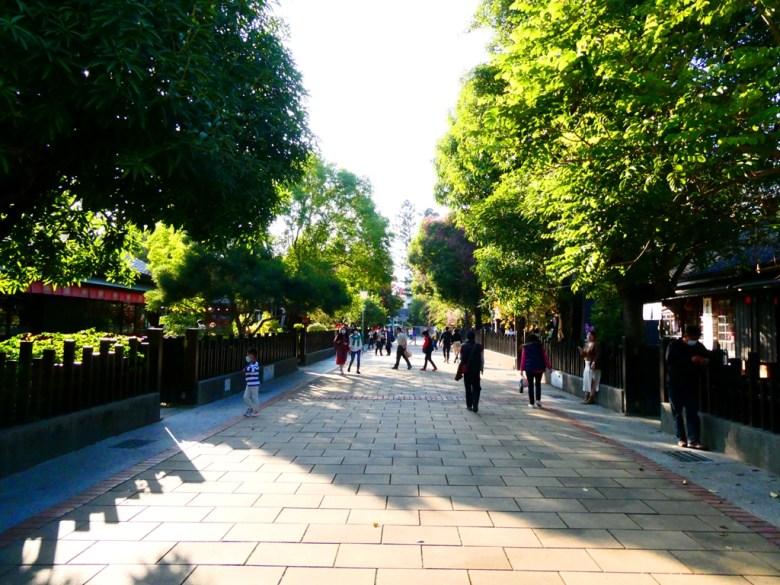 廣闊而棋盤式的日式宿舍群   台灣旅人   像極了高山古街的氛圍   日本味   檜意森活村   Hinoki Village   とう-く   かぎし   RoundtripJp