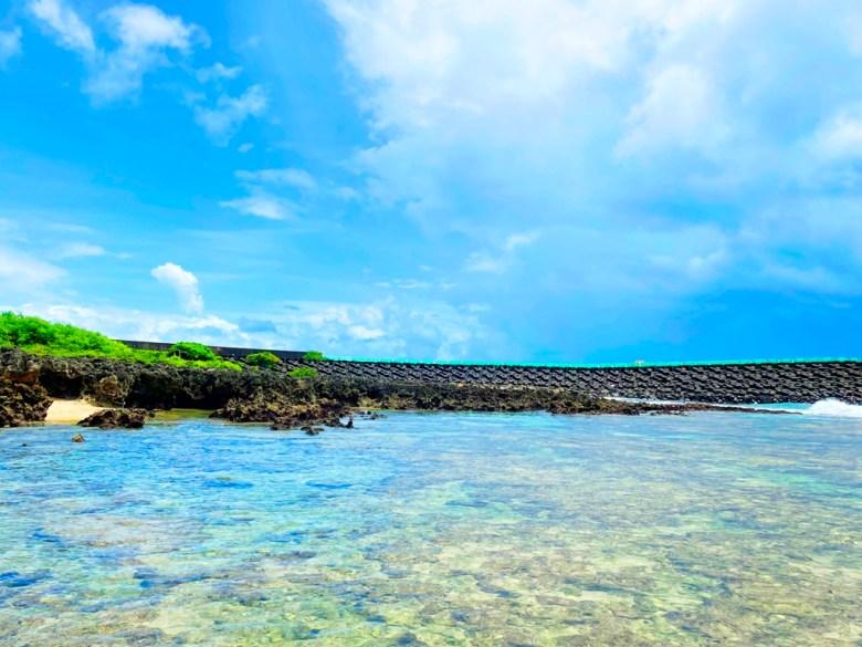天然屏障的灣口 | 波浪和緩 | 清涼海水 | 海天一色 | ホンチュン | ピンドンけん | Hengchun | Pingtung | 和風巡禮 | 巡日旅行攝 | RoundtripJp