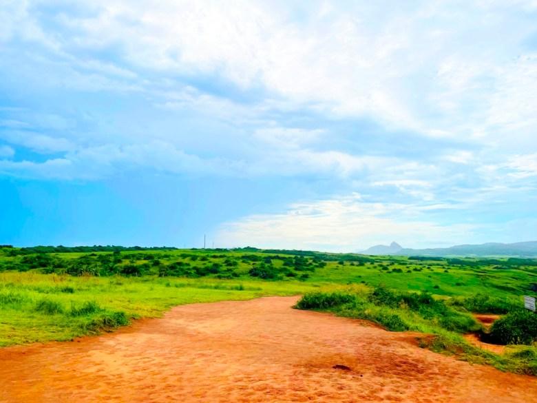 海岸   草原   遠山   ホンチュン   ピンドンけん   Hengchun   Pingtung   和風巡禮   巡日旅行攝   RoundtripJp