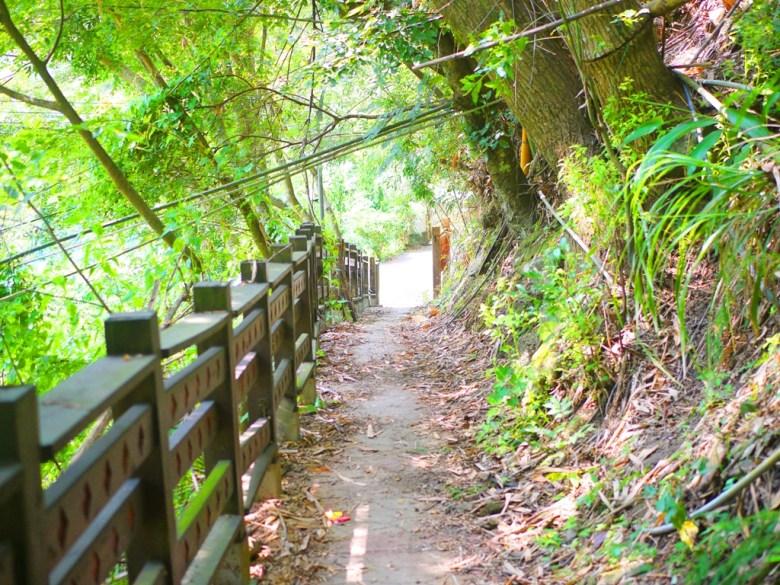 鼻古道&吊橋往象鼻國小方向 | 象鼻古道&吊橋入口處 | 部落景點 | タイアン | たいあん | ミアオリー | Wafu Taiwan | 巡日旅行攝 | RoundtripJp