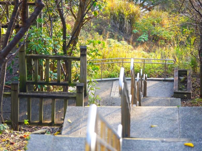 樓梯中間的小小展望台   古色古香   苗栗稻荷神社遺跡好漢坡   びょうりつし   ミアオリー   Wafu Taiwan   巡日旅行攝   RoundtripJp