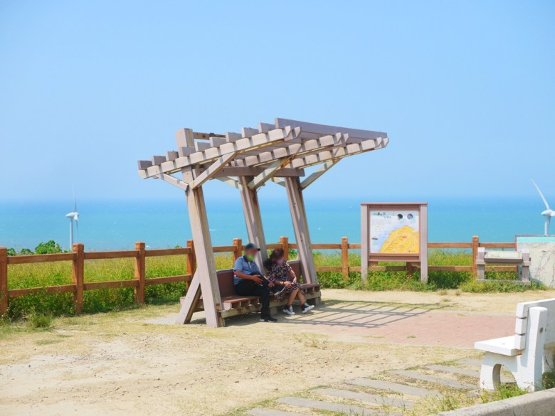 唯美海濱涼亭   有著日本海濱車站的感覺    日本味   網美景點   ホウロン   こうりゅう   ミアオリーミアオリー   Wafu Taiwan   巡日旅行攝   RoundtripJp