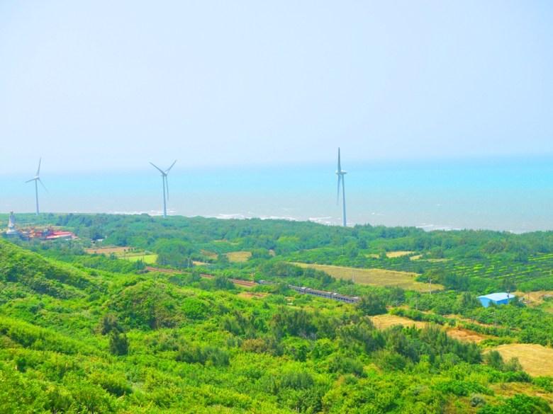 遠眺台灣傳統信仰文化   媽祖   台灣火車   白色風車   海岸線   ホウロン   こうりゅう   ミアオリーミアオリー   Wafu Taiwan   巡日旅行攝   RoundtripJp