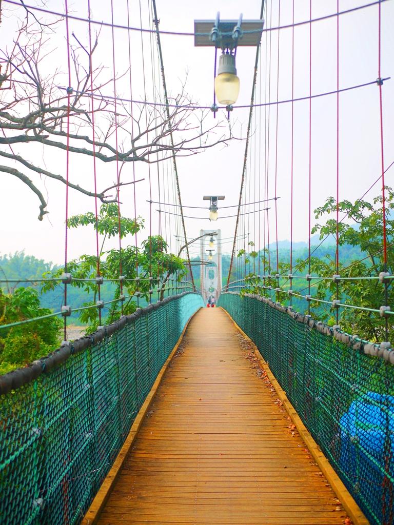 氣勢磅礡的雙十吊橋 | 以全台最長的吊橋聞名 | 草屯 | 南投 | Caotun | Nantou | Wafu Taiwan | 巡日旅行攝 | RoundtripJp