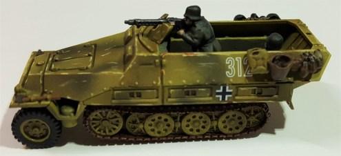 Sdkfz 251 Solo 2 (1024x469)