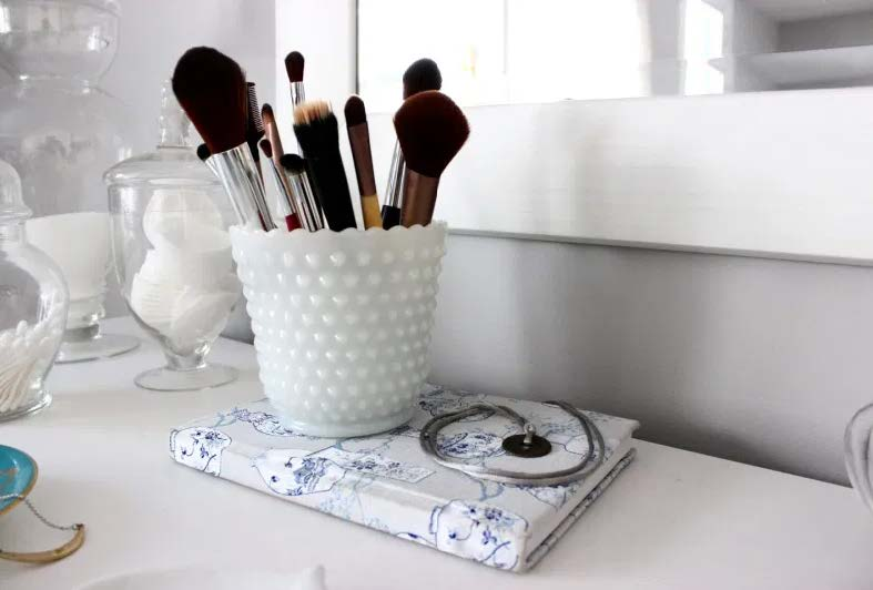 How to Style your Vanity