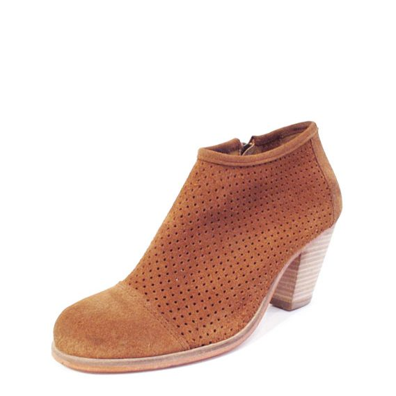 J-Shoes-Stagecoach-Tan-2