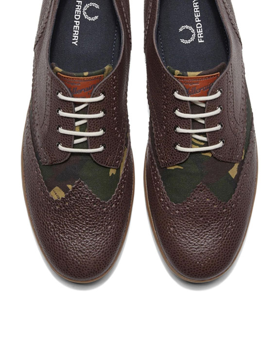 Fred-Perry-Ealing-Dark-Chocolate-2